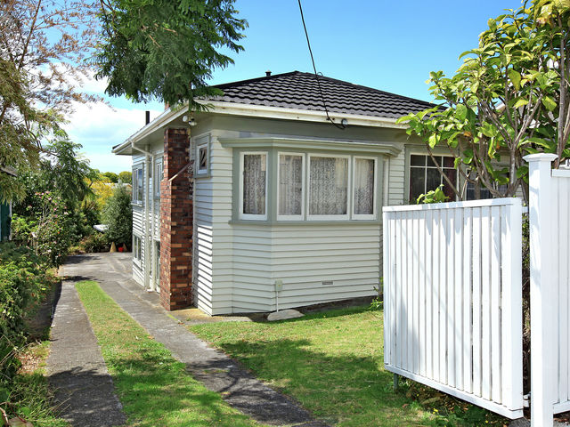 97 Old Mill Road Westmere