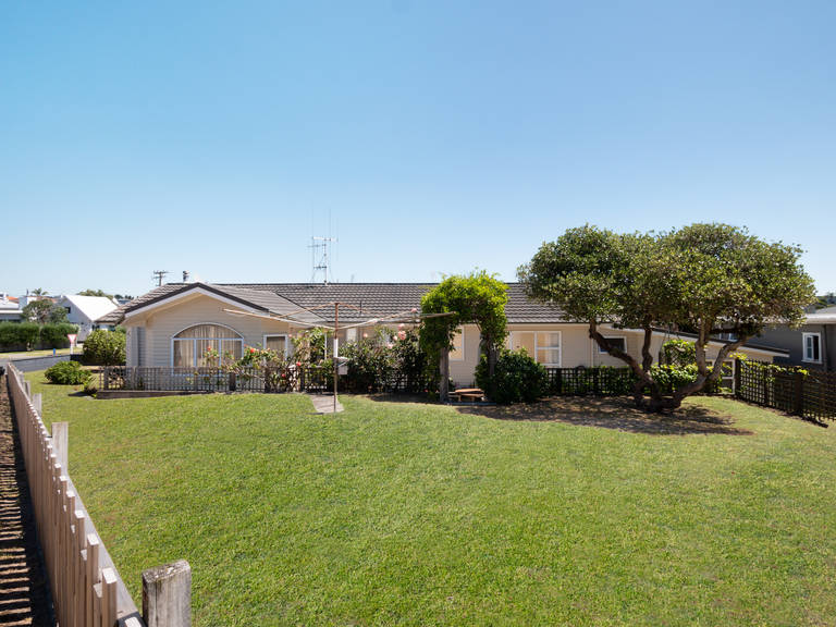 35 Valley Rd Mt Maunganui