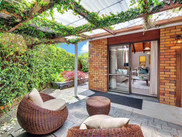 2 Muscat Place Henderson Heights