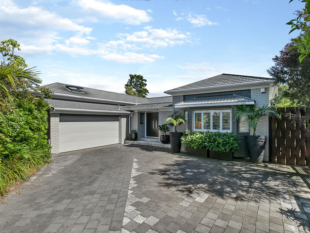 2/9 Vincent Road Northcote Point
